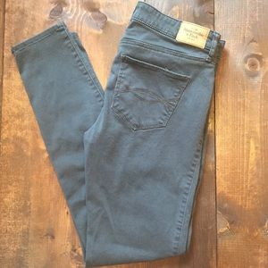 Abercrombie and Fitch size 6 gray jeans
